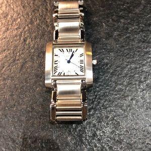 Fashion tank style watch